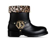Rain Boots Rain Boots, Biker, Shoes, Fashion, Moda, Zapatos, Shoes Outlet, Fashion Styles, Rain Boot