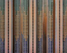 With his photo series 'Architecture of Density', German photographer Michael Wolf explores the urban landscapes of Hong Kong. Wolf Photography, Urban Photography, Street Photography, Amazing Photography, Abstract Photography, Hong Kong, Michael Wolf, World Press Photo, Tower Block