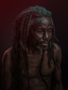 http://www.fubiz.net/2015/01/09/expressive-portraits-by-osborne-macharia/