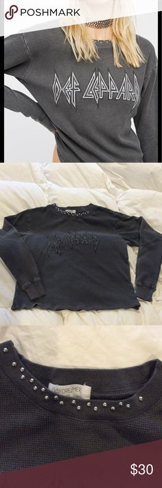 Daydreamer x Free People Def Leppard Thermal Worn once and washed, to a Def Leppard concert. Excellent Condition. No trades or price comments. Free People Tops Tees - Long Sleeve