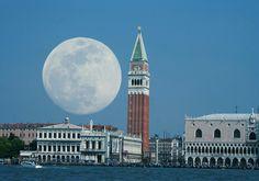 Una Luna llena en Venecia