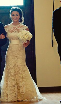 This might be my favorite wedding dress thus far!