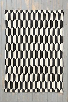 Stack 5x7 Rug in Black and White