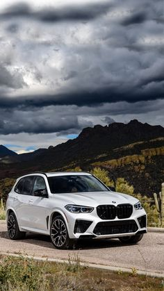 Luxury Car Brands, Luxury Cars, Bmw X5 M Sport, Bmw White, Best Suv, Sports Wallpapers, Car Engine, Commercial Vehicle, Hot Cars