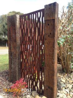 Gartenskulpturen Metal Art rust Tree Bark feature wall panel privacy by TRBargains Symptoms of Black
