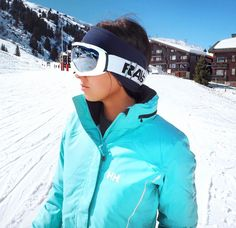 @ nualagorham.  Helly Hansen style.  On the mountain.  Cool but hot.
