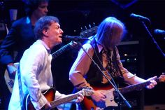 Steve Winwood has been opening for Tom Petty and the Heartbreakers on their current tour in support of their new 'Hypnotic Eye' album.
