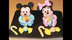 Mickey Mouse and Minnie in sugar paste