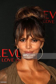<a gi-track='captionPersonalityLinkClicked' href='/galleries/personality/201726' ng-click='$event.stopPropagation()'>Halle Berry</a> attends Revlon Love Is On Million Dollar Challenge at The Rainbow Room on November 18, 2015 in New York City.