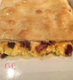 Bacon, Egg, & Cheese Crescent Bake recipe - this tastes exactly like the bacon egg and cheese croissanwich from Burger King!! Crazy good and so easy!! My family went crazy over it!