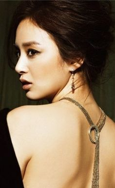 kim taehee in high cut Ulsan, Ideal Beauty, Beauty Women, Korean Beauty, Asian Beauty, High Cut Korea, Sexy Backless Dress, Kim Tae Hee, Korean Star