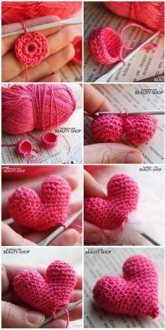 49 Ideas for crochet heart necklace gifts - Schnuller Crochet Patterns Amigurumi, Crochet Dolls, Crochet Stitches, Knitting Patterns, Amigurumi Tutorial, Crochet Diy, Crochet Gifts, Crochet Keychain, Crochet Accessories