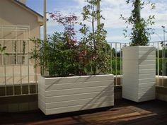 Fioriere in terrazzo P Garden, Terrace Garden, Tiny Balcony, Outdoor Furniture, Outdoor Decor, Landscape Design, Gazebo, Interior Design, Home Decor