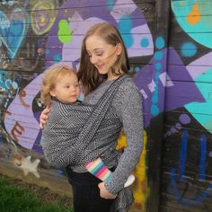We said goodbye to the beautiful @didymos_babywearing woven wrap today. It's winging its way to Nicola who runs West Yorkshire Sling Library! Congratulations for winning the giveaway we hope you make many happy memories with it!