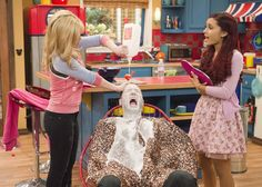 Photo of Sam and Cat for fans of Sam & Cat 36131241 Sam E Cat, Ariana Grande Cat, Icarly And Victorious, Jeannette Mccurdy, Cat Valentine, Comedy Show, Hat Hairstyles, Bobby Brown, Her Music