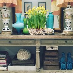"""Pretending it's spring""  Matthew Williamson snaps interior decorations"