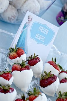 How To Throw The Perfect Frozen Themed Birthday Party! - Mumslounge