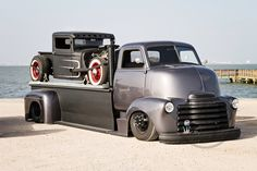 pics of rat rod trucks Hot Rod Trucks, Cool Trucks, Big Trucks, Pickup Trucks, Cool Cars, Bagged Trucks, Dually Trucks, Truck Drivers, Chevy Classic