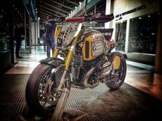 Bmw R NineT Street Tracker by DKdesign #motorcycles #streettracker #motos   caferacerpasion.com
