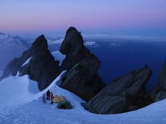 Awesome Camp Spot, on the edge of Sulfide Glacier by gimpilator
