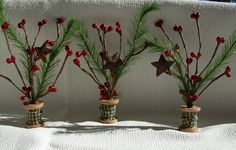 wooden spool crafts | Tiny Spool Trees