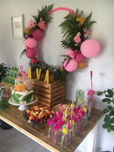 I enter here to find original ideas for a Hawaiian party. I enter here to find original ideas for a Hawaiian party. Aloha Party, Hawaiian Luau Party, Moana Birthday Party, Hawaiian Birthday, Flamingo Birthday, Luau Birthday, Tiki Party, Festa Party, 1st Birthday Parties