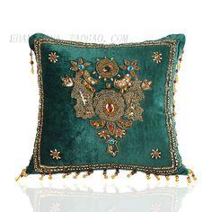 东南亚绣珠高档度假区印度欧式进口手工沙发靠枕靠垫抱枕汽车腰靠