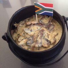 Biltong Potjie Love Of Banting Braai Recipes, Slow Cooker Recipes, Cooking Recipes, Tripe Recipes, Oven Recipes, South African Dishes, South African Recipes, A Food, Good Food