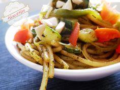 Kucina di Kiara: Insalata di spaghetti con verdure e pesto