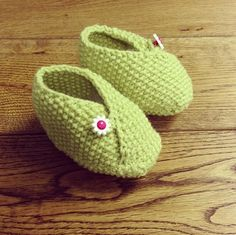 Our cute knitted baby shoes designed by Val Pierce. Get the free pattern here: http://www.guardian.co.uk/lifeandstyle/2013/mar/28/knitting-pattern-baby-shoes-project