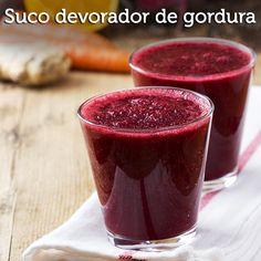 A frutinha roxa, nativa do nosso Brasil, conquistou o planeta com a fama de superalimento.  - Aprenda a preparar essa maravilhosa receita de Suco detox de açaí e melancia