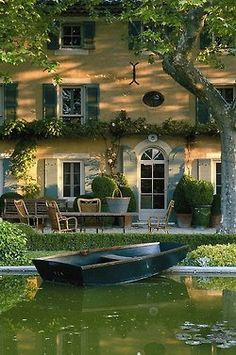 I love the idea of having someone pull up in a boat to your house. Love it.