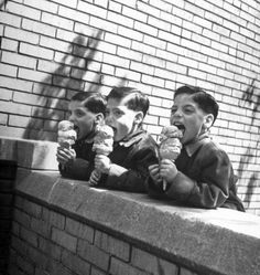 Francis Miller :: Triplets eating huge ice cream cones, Robert (L), Sheldon © and Ronald ® Schwartz, 1949 [for Life magazine]