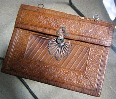 1810, stamped leather handbag, steel clasp, chain (missing) handle