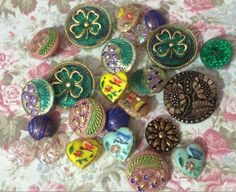 Love Buttons Come join our group https://www.facebook.com/groups/whosgotbuttons/