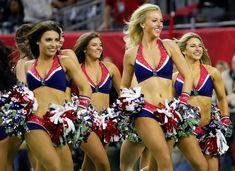 Cheerleaders from both the New England Patriots and Atlanta Falcons at Super Bowl LI. New England Patriots Cheerleaders, Football Cheerleaders, Patriots Fans, Cheerleading, Cheerleader Girls, Professional Cheerleaders, Football Conference, Soccer Fans, Female Athletes