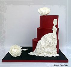 "Dramatic cake inspired by Giuseppe Verdi's ""La Traviata"""