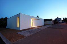 Patiohaus von Töpfer Bertuleit in Freital / Bungalow in Sachsen - Architektur und Architekten - News / Meldungen / Nachrichten - BauNetz.de