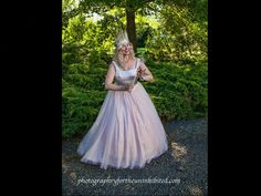 Renaissance Character Costume Rentals, Marylin Monroe, Elvis, Statue of Liberty, The Tin Man, Dorothy, Wizard of Oz, Pirate, Easter Bunny, A Christmas Carol, Lord of the Rings, Harry Potter, Fantasy, Betsy Ross, Glinda, Annie Oakley
