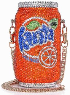The Daily Bauble: The Good Practice Soda Can Bags. Shared by Carla Unique Handbags, Unique Purses, Unique Bags, Cute Purses, Handbags On Sale, Purses And Handbags, Clutch Handbags, Novelty Bags, Cute Bags