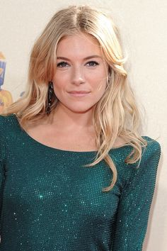 Sienna Miller Hair, Side Plait, Spiral Curls, Sixties Fashion, Vogue Covers, Loose Waves, Her Hair, Ponytail, Hollywood