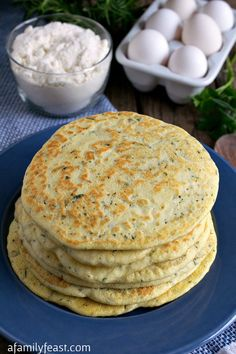 Top 15 Ketogenic Bread recipes, those are soft and tasty- gluten free, low carb, keto made with coconut flour, almond flour. These recipes are the best.