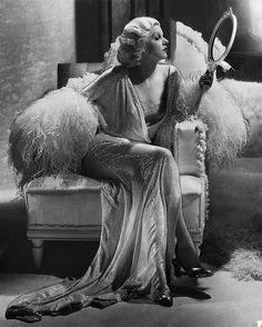 Jean Harlow - one last look...