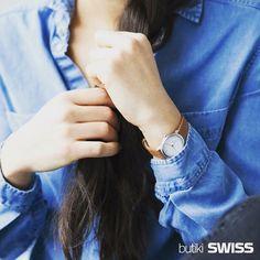 Piękno tkwi w ... zegarku #Mondaine <3 #mondainehelvetica #mymondaine #mamondaine #mondainewatch #swissmade #swissdesigner #minimalism #design #watchesofinstagram #type #typography #zegarek #watch #watches #stylizacja #blue #instawatch #wotd #style #butikiswiss