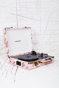 Crosley Floral Mini Turntable for the DJ in the mix