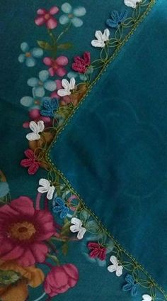 This Pin was discovered by gul Yarn Crafts, Diy And Crafts, Kutch Work, Sewing Lace, Yarn Thread, Point Lace, Crochet Borders, Needle Lace, Knitted Shawls