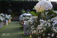 Casamento no Gramado das Casuarinas - Villa Casuarina Espaço de Eventos.