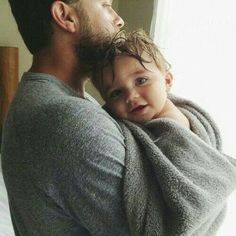 Daddy and Baby love So Cute Baby, Cute Kids, Cute Babies, Baby Kids, Dad Baby, Kids Girls, Baby Family, Family Love, Rare Baby Names