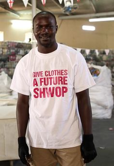 A worker at Frip Ethique – Sorting Centre – Dakar #SHWOPPING #Oxfam
