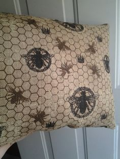 Burlap Honey Bee pillow  Bees Homesteading Bee by GymboHannah, $25.00